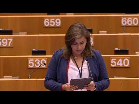 Sara Cerdas debate sobre luta contra o cancro