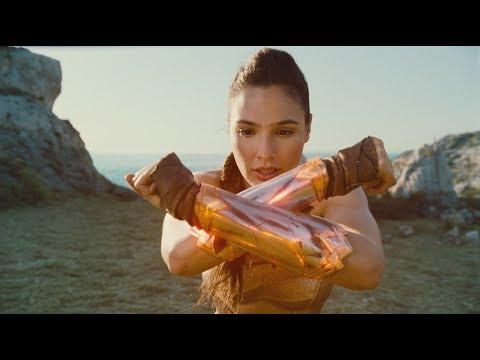 Wonder Woman - Tráiler Guerrera?>