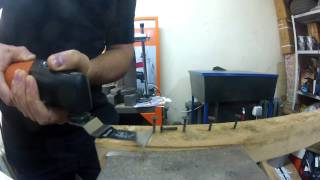FEIN MultiMaster пилит черные саморезы.