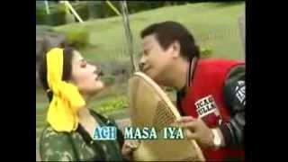 PERAWAN DESA mansyur s elvy sukaesih lagu dangdut  &  arema madu