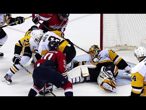 Mike Emrick finally catches breath after mad scramble in front of Fleury