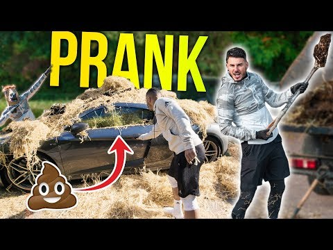 FILLING JEZZAS CAR WITH MANURE!! ??_Sport videók