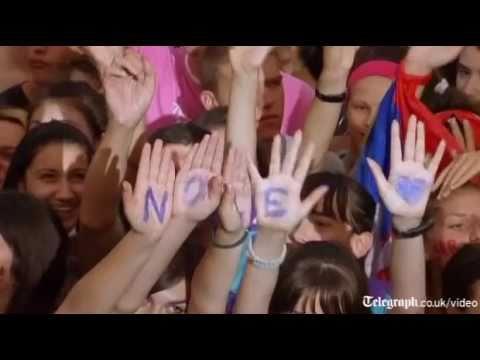 Thousands in Belgrade give Wimbledon 2011winner Novak Djokovic hero's welcome