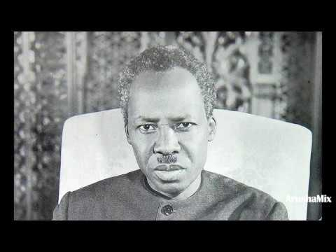 Ucheshi Mbalimbali Wa Mwalimu Kwenye Hotuba Zake.