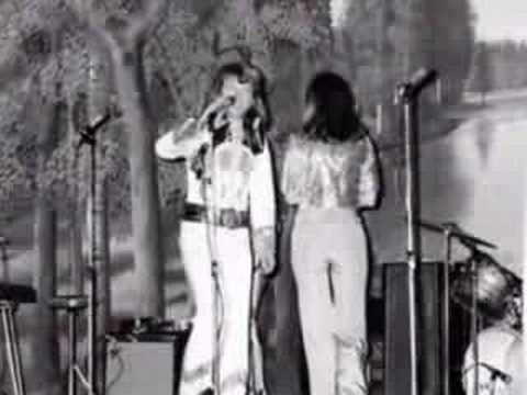 Tekst piosenki ABBA - Ah vilka tider po polsku