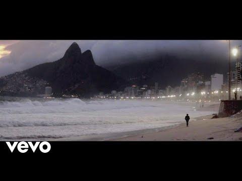 Spirit of Samba ft. Chyler Leigh, Nina Miranda, Luisa Maita, Eloisia