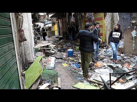 Πολύνεκρη διπλή επίθεση αυτοκτονίας σε αγορά της Βαγδάτης λίγο πριν την Πρωτοχρονιά