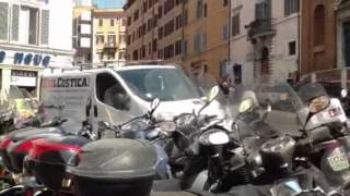 More mopeds than cars in Rome, Italy