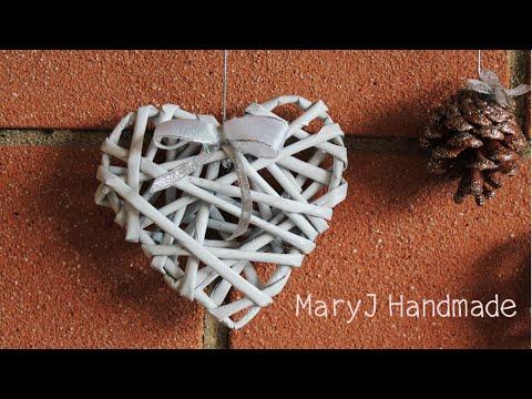 come creare un cuore decorativo con le cannucce di carta!