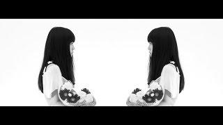"""上北 健  1st Album『SCOOP』 2015.9.9(wed) Releaseamazon→http://www.amazon.co.jp/dp/B00Z9YBCCW/DVD付初回限定盤 ¥2,800+税 / VIZL-852通常盤 ¥2,300+税 / VICL-64393デビューアルバム『SCOOP』からの公開となった本作品は、交点と餞別をテーマとして、時間・空間・感情の交わりを表現した演出となっている。とうとう道の終端に出会った時、それまで見過ごしてきた横道に残った時間を反芻することになるだろう。だとしたら、この世界のほんの一片でも自分の証が紛れるように、願いを込めて歩みを進めよう。メッセージは広がり、終演に向けて音は重なりを増す。▼Live上北 健『SCOOP』 Release Tour """"ヒトスクイ""""http://www.jvcmusic.co.jp/kenkamikita/live/▼Information(Event/Goods etc...)Official SIte:http://kamikitaken.com/Twitter:https://twitter.com/KK_DK"""