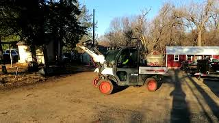 5. 2004 Bobcat Toolcat 5600 utility work machine for sale at auction | bidding closes April 11, 2019