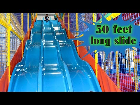 Indoor Playground Family Fun for Kids Play Center Slides Playroom with Balls    TheChildhoodLife (видео)