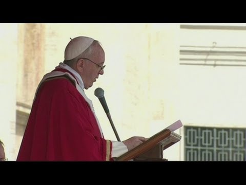 Francis has first Palm Sunday mass as pope