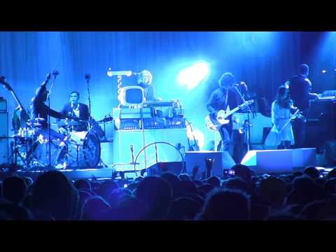 Jack White's Mashup of Icky Thump + Jay-Z's 99 Problems [VIDEO]
