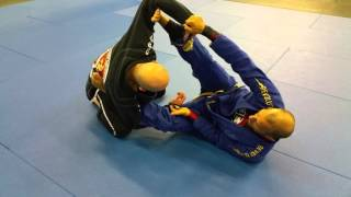 DCJJ - Rodrigo Medeiros Spider/Lasso Hybrid Open Guard to