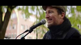 Street Busker Takes S1 Pro On the Go in Boston