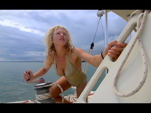 The Thunder rolls... Lightning strikes our Sailboat | Ep. 24