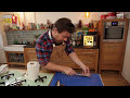 Jamie's back to show us how to fillet sardines perfectly. Rich in nutrients and minerals, sardines are the quintessential oily fish and are an incredible source of Omega-3. Once you know how,...