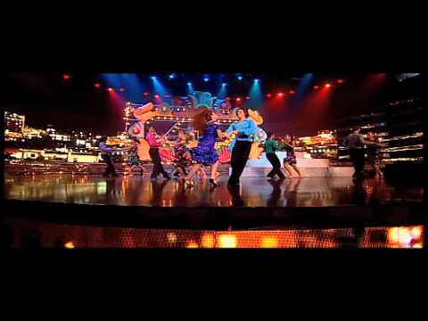 Fawazeer Myriam Salsa dance / ميريام فارس رقص السالسا