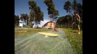 Human Slingshot Slip and Slide - (versão