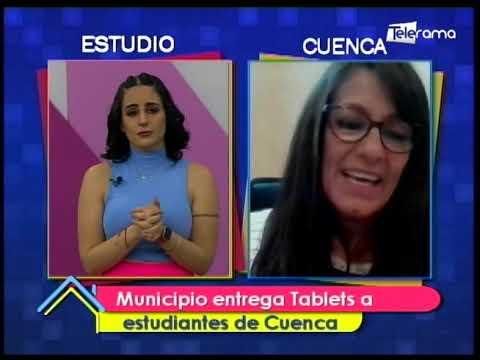 Municipio entrega tablets a estudiantes de Cuenca