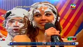 COMBATE: Los Chistes De Paloma Fiuza [Parte 2] 02/11/12