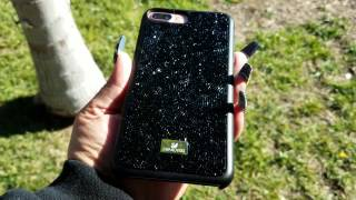 A look at the Swarovski Gem Rock case for the iPhone 7 Plus. This case has great sparkle and looks great over all. The Swarovski Gem Rock case is made very well, fits great on the iPhone 7 Plus and adds that touch of class to your iPhone 7 Plus. The materials of the case is very good, you will be very happy if you purchase the Swarovski Gem Rock case.