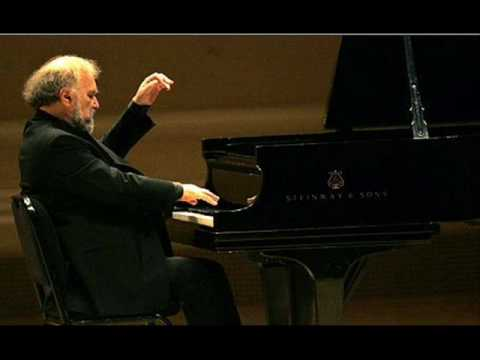 Brahms Intermezzo A Major Op 118 No 2 Lupu Rec 1976.wmv