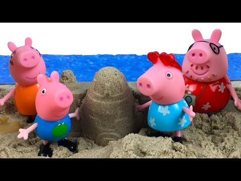 STORY WITH PEPPA PIG - PEPPA GEORGE AND THEIR PARENTS HEAD TO BEACH FOR VACATION WITH THE AIRPLANE