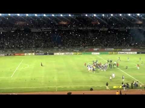 "Video - Recibimiento albiazul - 9ª Fecha Undecagonal Argentino ""A"" 2012/13: Talleres - San Jorge  - La Fiel - Talleres - Argentina"