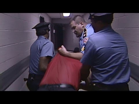 Big Boss Man vs. The Mountie - Jailhouse Match: SummerSlam 1991 (видео)