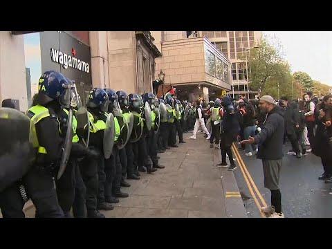 La police charge la manifestation pro-palestinienne de Londres