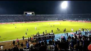 Video Detik-Detik Pertandingan Kisruh Antara Arema FC Vs Persib Bandung MP3, 3GP, MP4, WEBM, AVI, FLV April 2018