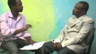 Kine Fez (ኪነ-ፌዝ) New Ethiopian Comedy By Comedian Dokle 2015
