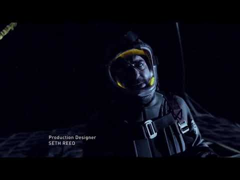 Uncle Mateo removes his mask in space. (The Expanse)
