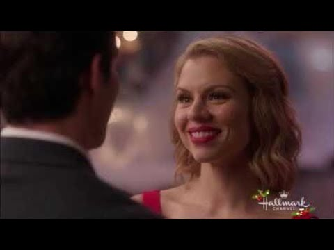 A Gift To Remember - Darcy & Aiden kiss Hallmark Christmas Movie 2017!