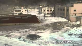 Video Caught on Tape: Tsunami hits Japan port town MP3, 3GP, MP4, WEBM, AVI, FLV Maret 2019