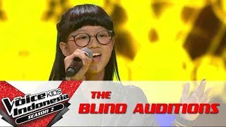 "Video Kim ""Habits (Stay High)"" 
