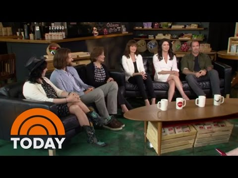 Gilmore Girls Cast Reunion (Full Interview) | TODAY