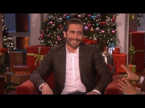 jake - Things didn't go according to plan for Jake Gyllenhaal and his family this Thanksgiving. He shared a hilarious story of his misadventure with Ellen.