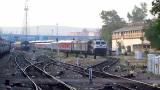 Video Early Morning Arrival at Jaipur - Indian Railways MP3, 3GP, MP4, WEBM, AVI, FLV Juni 2018