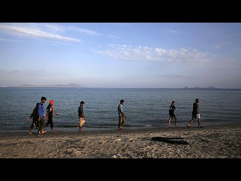 Κως: Στο πλοίο «Ελ.Βενιζέλος» οι Σύριοι – Διαμαρτυρίες άλλων μεταναστών