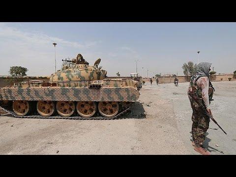 Τουρκία: Κάλυψη στους Σύριους αντικαθεστωτικούς στο μέτωπο της Γιαραμπλούς