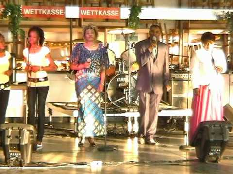Clovis Makoma Live  Mnchengladbach 04