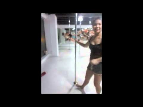 Ikah pole dancing (видео)
