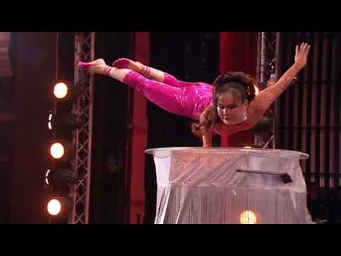 Iona - Britain's Got Talent Seaon 2 - Iona The Contortionist.