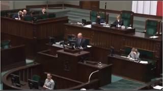 W polskim prawie karnym jest zasada, że nie prowadzi się procesu w stosunku do osób nieżyjących.