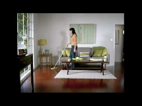 Swiffer Commercial for Swiffer Sweeper (2009) (Television Commercial)