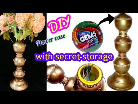 Flower vase with secret Storage out of GEMS Ball