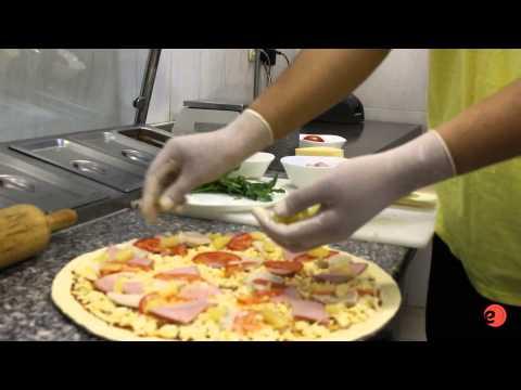 как называется видео где разносчик пиццы